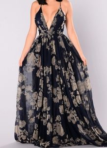 💙NWT💙 Navy With Tan Floral Tulle Formal Dress